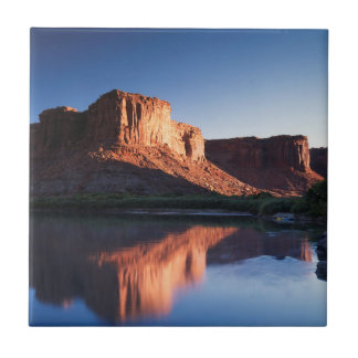 Utah, mesa de A que refleja en el río Colorado 1 Azulejo Cuadrado Pequeño