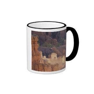 Utah, parque nacional del barranco de Bryce. Hoodo Tazas De Café