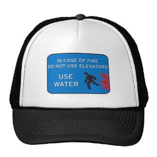 Utilice el agua gorras de camionero