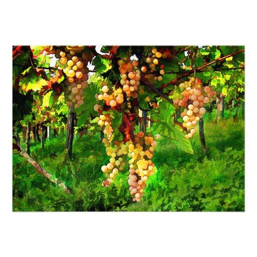 Uvas colgantes en las vides invitación personalizada