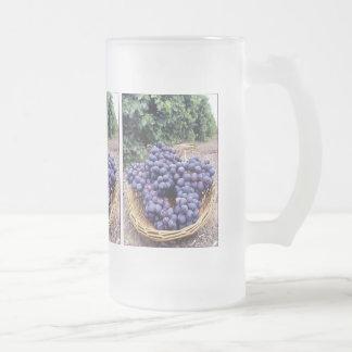 Uvas de la púrpura real taza cristal mate