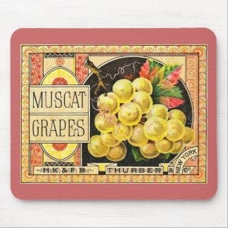 Uvas de Thurber Muscat - etiqueta del cajón del vi Alfombrillas De Ratón