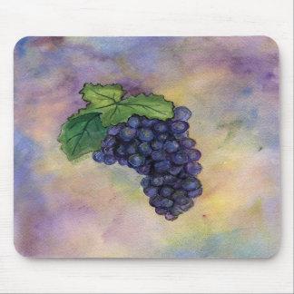Uvas de vino del pinot negro Mousepad