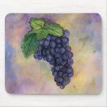 Uvas de vino del pinot negro Mousepad Alfombrilla De Ratones