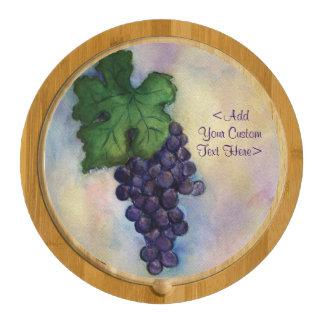 Uvas de vino rojo que pintan el tablero de encargo