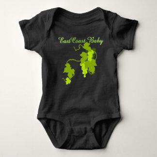 Uvas del verde del bebé de la costa este de una camisas