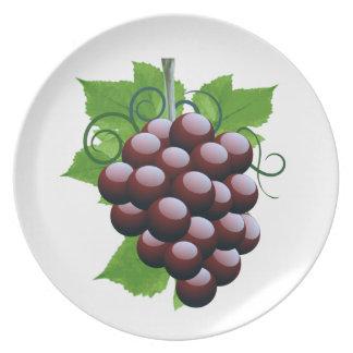 ¡Uvas en una placa! Plato
