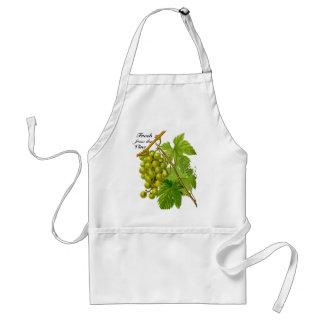 Uvas frescas del delantal de la vid