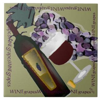 Uvas M de la botella de vino n Azulejo Cuadrado Grande
