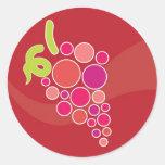 Uvas rojas etiquetas redondas