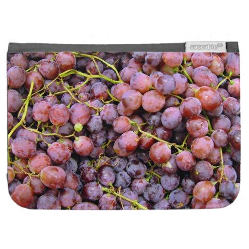 Uvas rojas frescas del globo