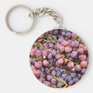 Uvas rojas frescas del globo llavero personalizado