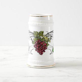 Uvas rojas jarra de cerveza