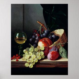 Uvas y ciruelos póster