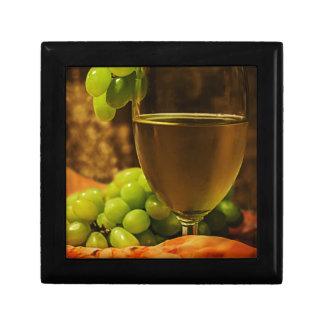 Uvas y jugo joyero cuadrado pequeño