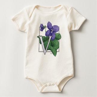 V para el monograma de la flor de las violetas mameluco