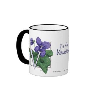V para el monograma de la flor de las violetas taza de dos colores