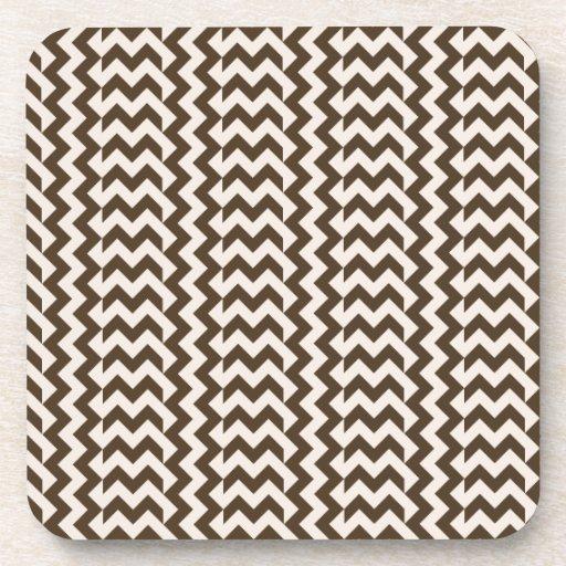 V y zigzag amplio simple de H - almendra y café No Posavasos De Bebidas