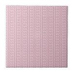 V y zigzag simple de H - cordón rosado y Puce Azulejo Cerámica