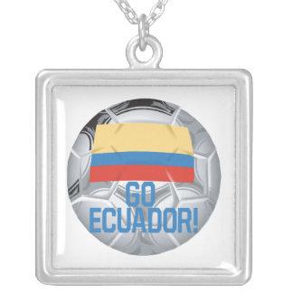 Va Ecuador Colgante Cuadrado