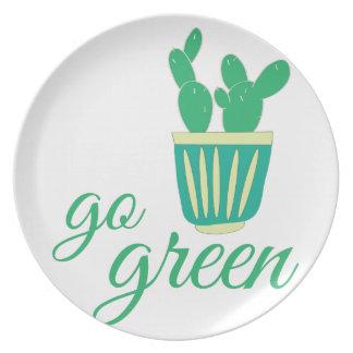 Va el verde plato para fiesta