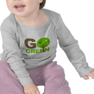 Va el verde recicla el árbol camisetas