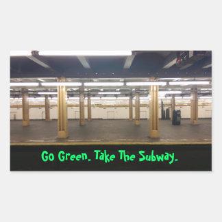 ¡Va el verde! ¡Utilice el tránsito público! Pegatina Rectangular