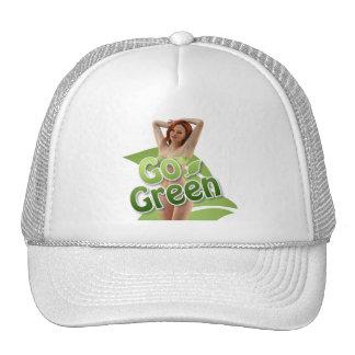 Va la belleza verde del chica gorras de camionero