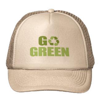 Va la camiseta verde gorras