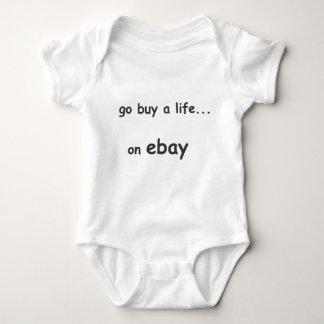 Va la compra a la vida en la camiseta de los niños remeras