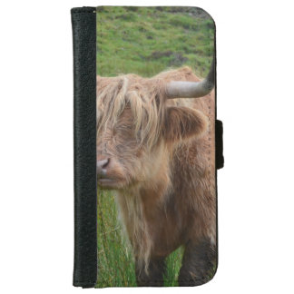 Vaca adorable de la montaña funda cartera para iPhone 6