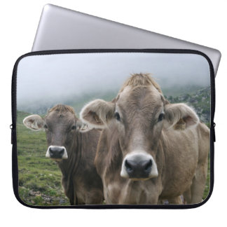 Vaca alpina fundas portátiles