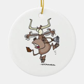 vaca chocada alarmada chistosa divertida del adorno navideño redondo de cerámica