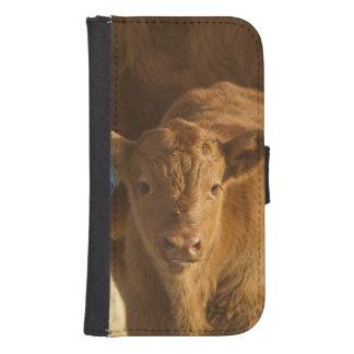 Vaca del mestizo con el becerro cerca de Choteau, Funda Billetera Para Teléfono