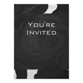 """Vaca del monograma blanco y negro invitación 5.5"""" x 7.5"""""""