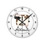vaca divertida del bigote de MOOstache Reloj