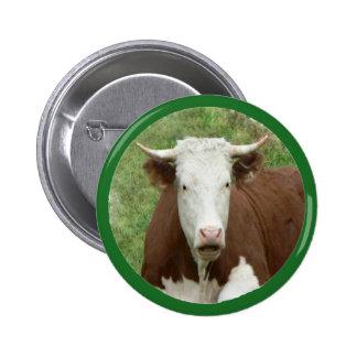 Vaca en el botón del Pin-Detrás de la hierba Pin Redondo De 2 Pulgadas