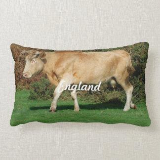 Vaca en nuevo bosque almohadas