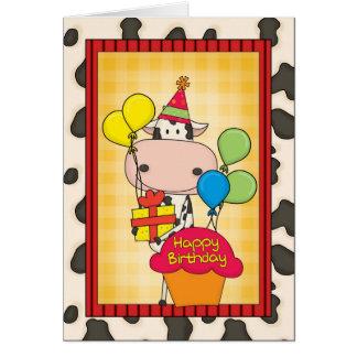 Vaca lechera del cumpleaños tarjetón