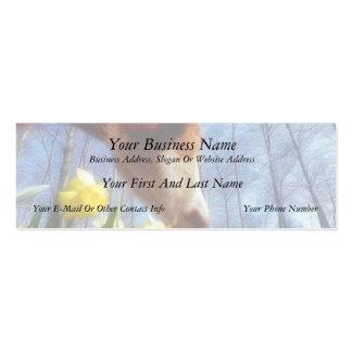 Vaca roja y narcisos amarillos plantilla de tarjeta personal