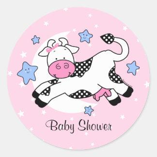 Vaca sobre bebé de la luna pegatinas redondas
