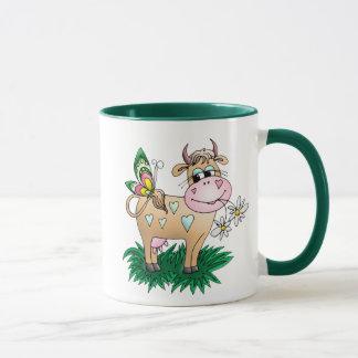 Vaca y mariposa lindas taza