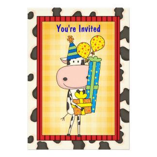 Vaca y regalos - fiesta de graduación invitaciones personalizada