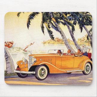 Vacaciones de familia del vintage en un coche conv alfombrilla de ratón