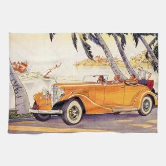 Vacaciones de familia del vintage en un coche toalla de mano