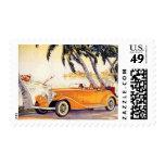 Vacaciones de familia del vintage en un coche sellos
