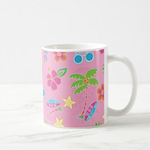 Vacaciones tropicales en modelo rosado taza