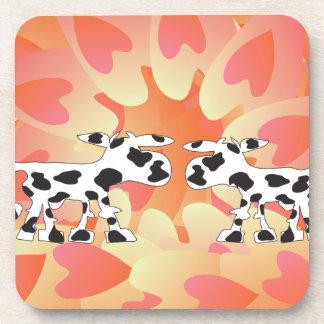 Vacas y corazones posavaso