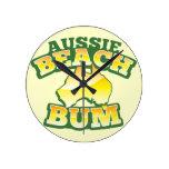 ¡Vago australiano de la playa! con el mapa austral Relojes De Pared