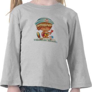 Vago rubio de la playa camisetas